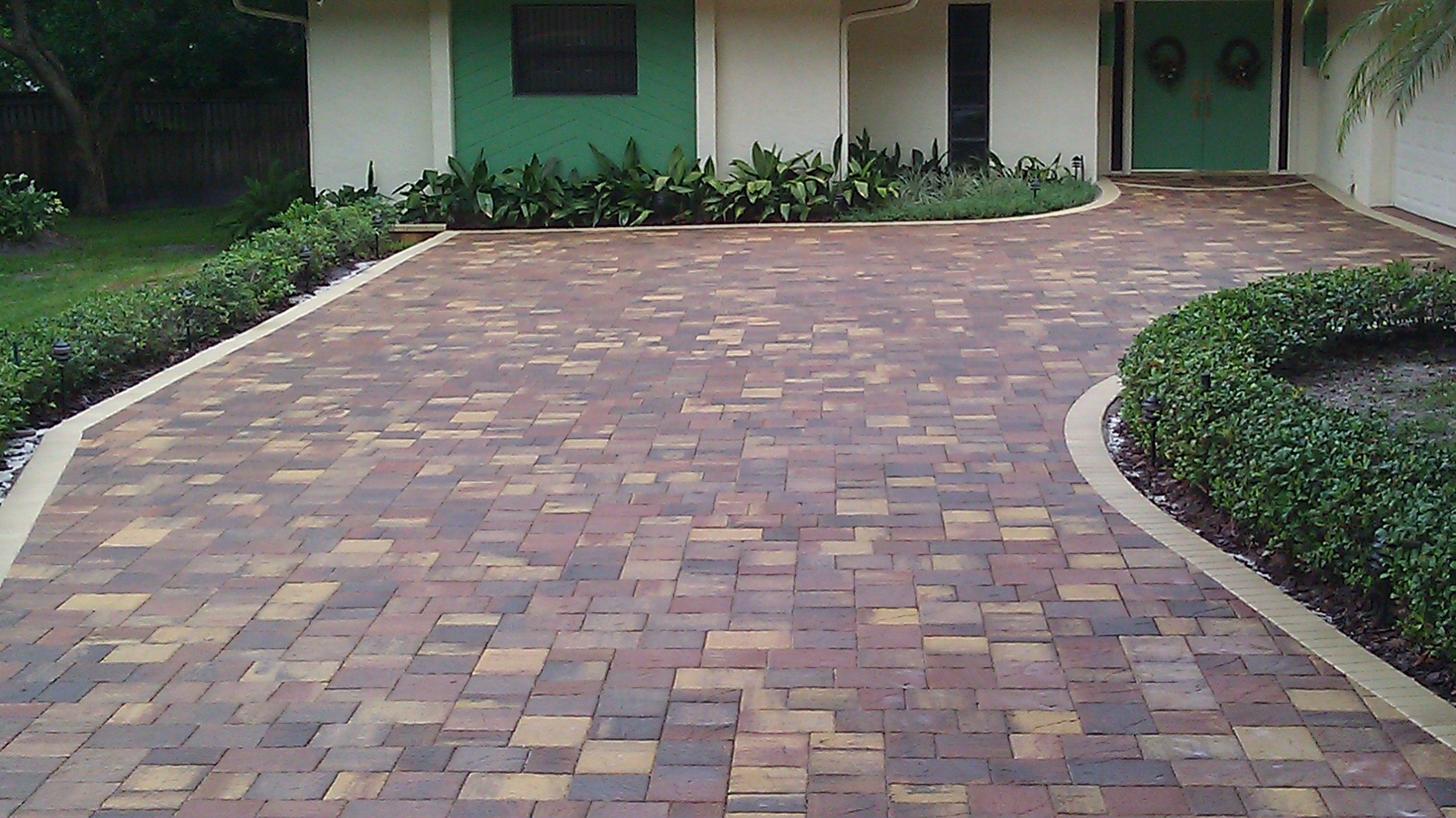 Paver Driveway Sealing for travertine interlocking brick