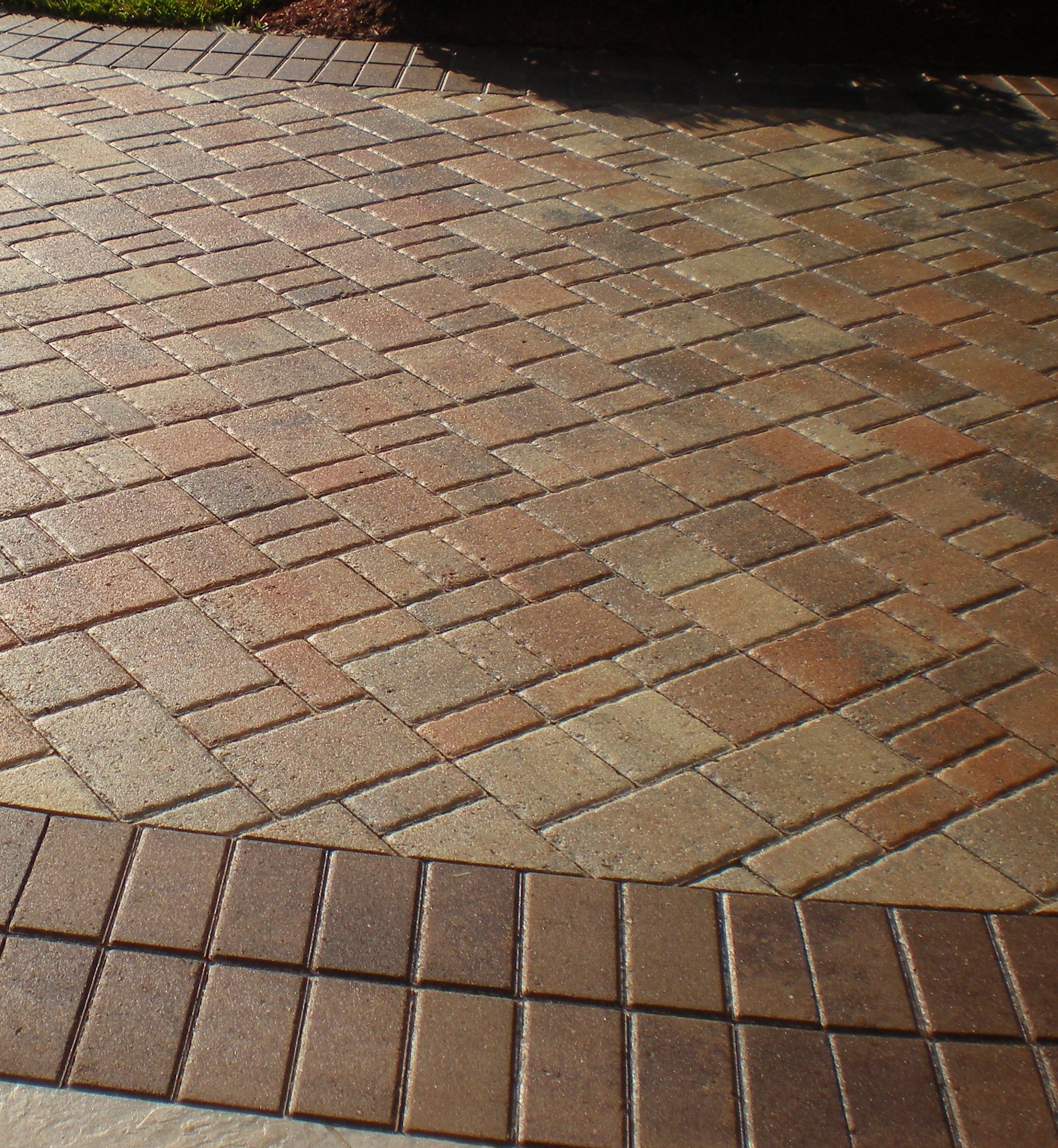 paver driveway sealing for travertine, interlocking brick and